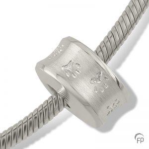 3a0c82592 Luxusný náramkový prívesok z kvalitného striebra 925/1000 a dutinkou pre  popol. Ku prívesku je možné doobjednať si strieborný náramok. Katalógové  číslo: ...